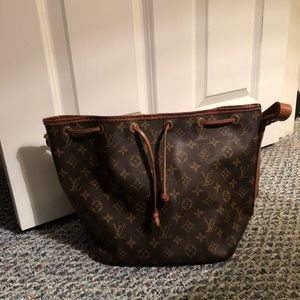 Louis Vuitton Bags - Authentic Louis Vuitton Handbag Vintage